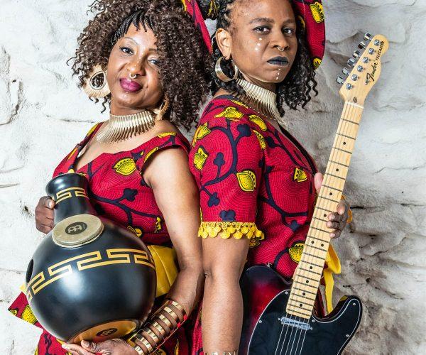 Germaine Kobo & Bella Lawson 6 2 (c) Aucepika Photographe